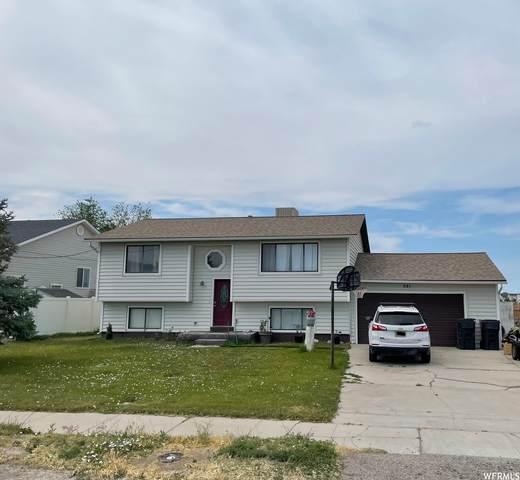 581 E Main S, Grantsville, UT 84029 (MLS #1749148) :: Lawson Real Estate Team - Engel & Völkers