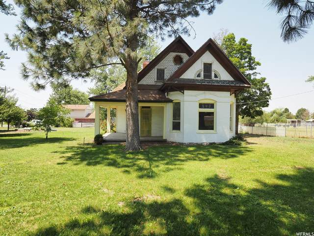 1023 N Main St, Centerville, UT 84014 (#1749280) :: Doxey Real Estate Group