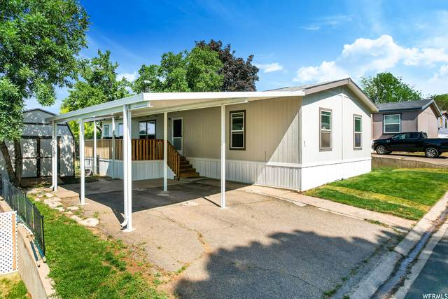2875 N Hill Field Rd W #83, Layton, UT 84041 (#1749418) :: Doxey Real Estate Group