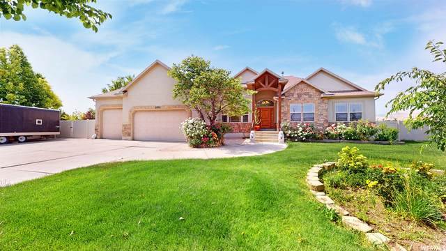 5441 W Bridle Cir, West Jordan, UT 84081 (#1749666) :: Doxey Real Estate Group