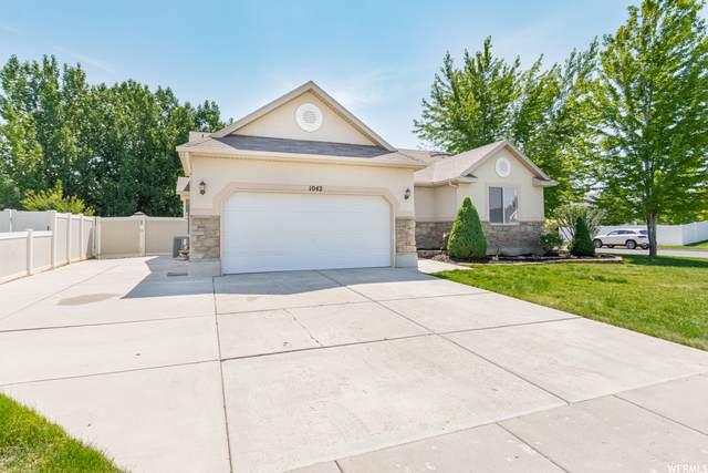 1042 N 3575 W, Layton, UT 84041 (#1749726) :: Doxey Real Estate Group