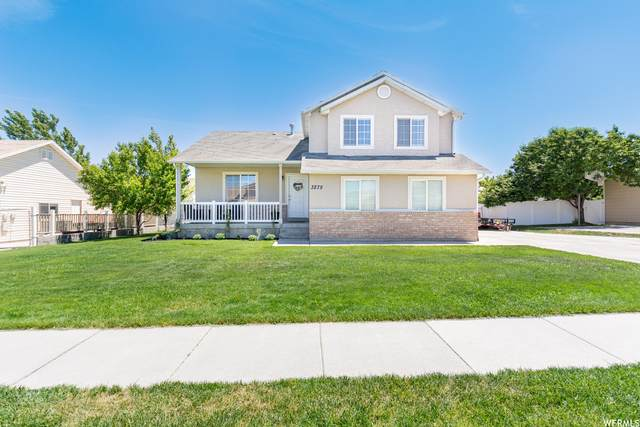 3275 S Newmark Dr, West Valley City, UT 84128 (#1749825) :: The Fields Team