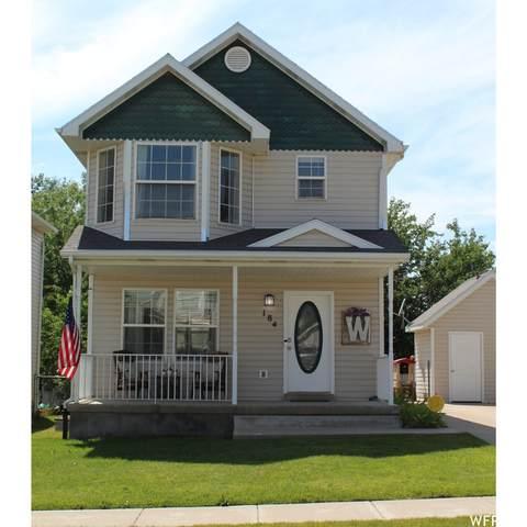 184 N 360 W, Clearfield, UT 84015 (#1750845) :: Utah Real Estate