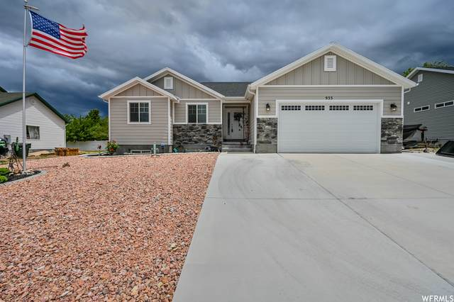 933 S 1050 St W, Tooele, UT 84074 (#1751345) :: Utah Real Estate