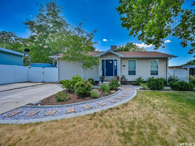 4244 S Blue Jay St, West Valley City, UT 84120 (#1752108) :: Powder Mountain Realty