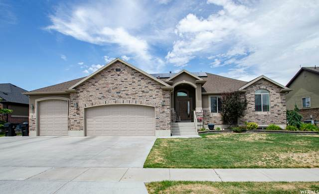 562 W 3150 S, Syracuse, UT 84075 (#1752426) :: UVO Group | Realty One Group Signature