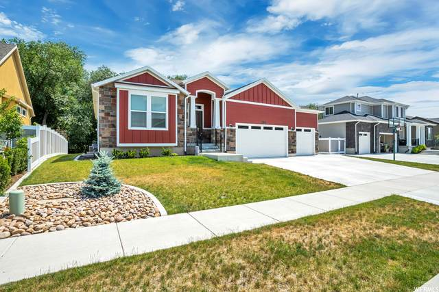 749 W Abbey Way, Layton, UT 84041 (#1753015) :: UVO Group | Realty One Group Signature