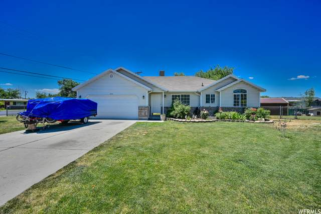 3084 Royal Wulff Ln, West Valley City, UT 84120 (#1753112) :: Powder Mountain Realty