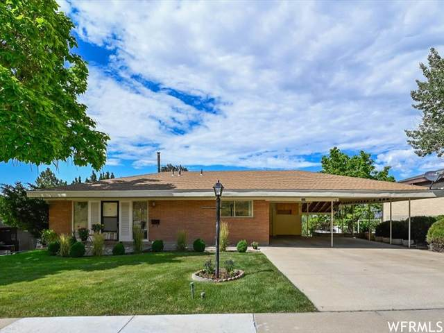211 E Skyline Dr, Tooele, UT 84074 (#1753140) :: UVO Group | Realty One Group Signature