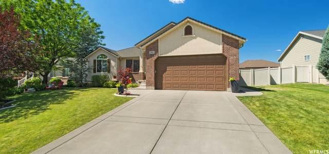 866 W 25 N, Clearfield, UT 84015 (#1753514) :: Powder Mountain Realty