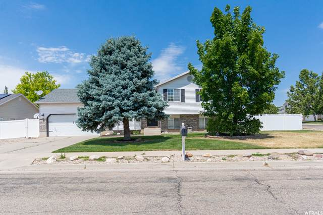 506 W 450 N, Clearfield, UT 84015 (#1753726) :: Berkshire Hathaway HomeServices Elite Real Estate
