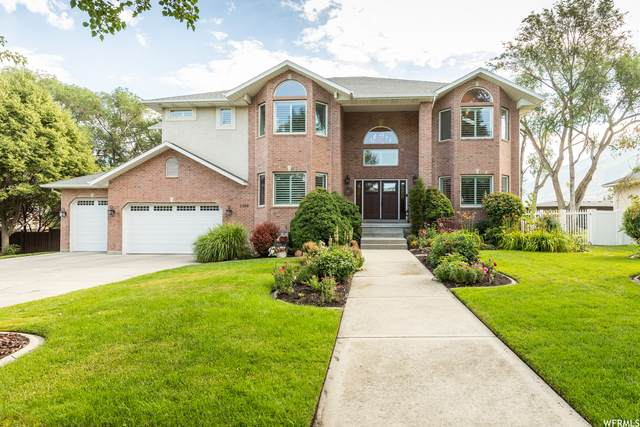 1209 E Bear Hollow Cv, Draper, UT 84020 (#1754826) :: Pearson & Associates Real Estate