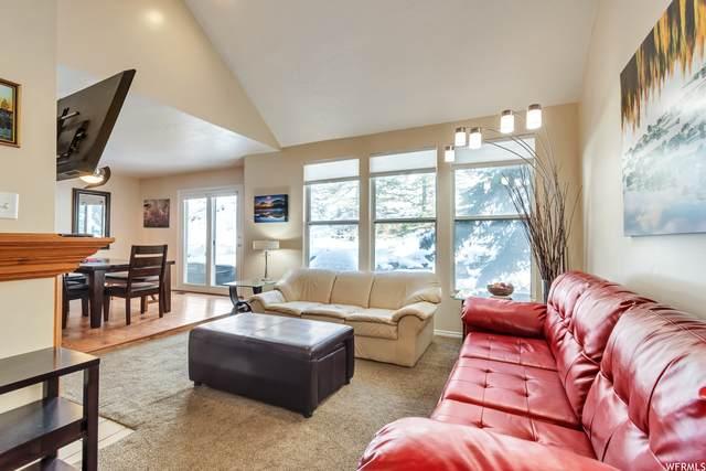 8199 S Wasatch Grove Lane Ln, Cottonwood Heights, UT 84121 (#1756719) :: Utah Real Estate