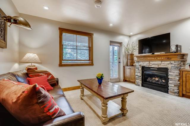 2260 Park Ave #8, Park City, UT 84060 (#1756812) :: Utah Best Real Estate Team | Century 21 Everest