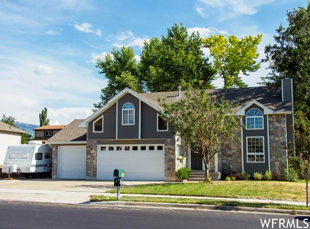433 W Chase Ln Ln N, Centerville, UT 84014 (#1757502) :: The Perry Group