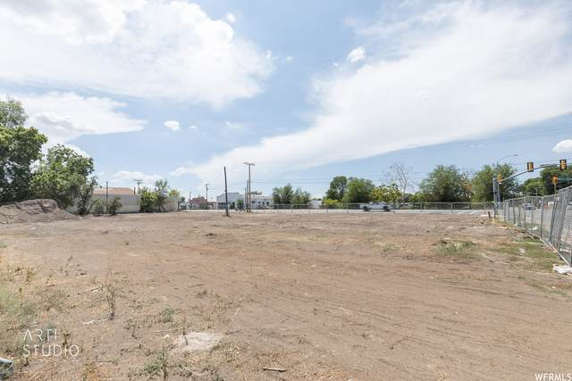 702 Wall Ave, Ogden, UT 84404 (#1758230) :: Doxey Real Estate Group