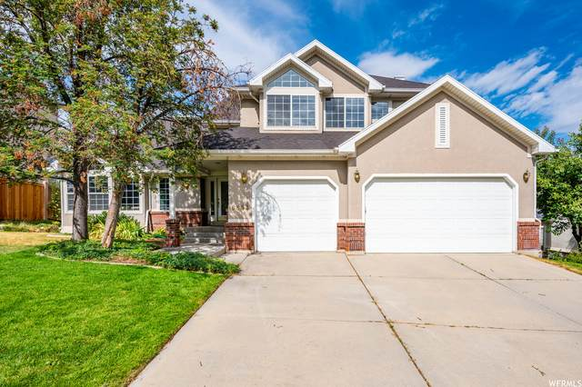 6898 S Hollow Mill Dr, Cottonwood Heights, UT 84121 (#1758282) :: Colemere Realty Associates