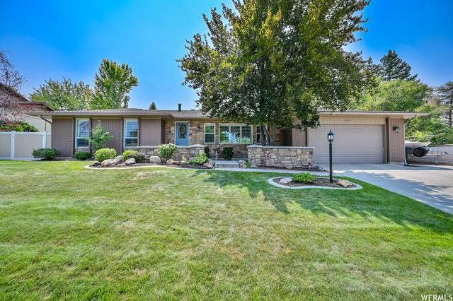 1910 E 7160 S, Cottonwood Heights, UT 84121 (#1758531) :: Colemere Realty Associates