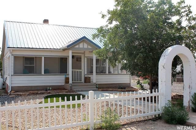 70 N 100 W, Hanksville, UT 84734 (MLS #1763480) :: Lookout Real Estate Group