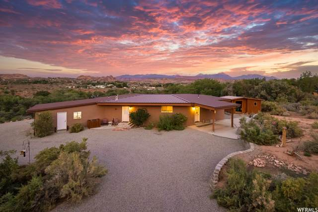 2101 S Buena Vista Dr, Moab, UT 84532 (#1765836) :: Berkshire Hathaway HomeServices Elite Real Estate