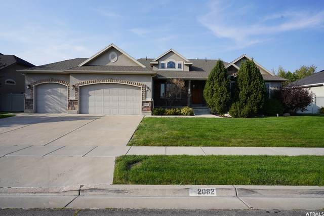 2082 W 2575 S, Syracuse, UT 84075 (#1767646) :: Doxey Real Estate Group