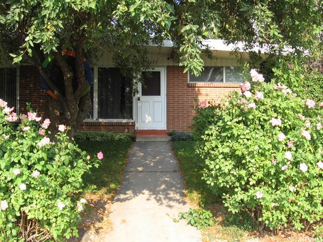 4649 S Clearview St, Salt Lake City, UT 84117 (#1767762) :: Pearson & Associates Real Estate