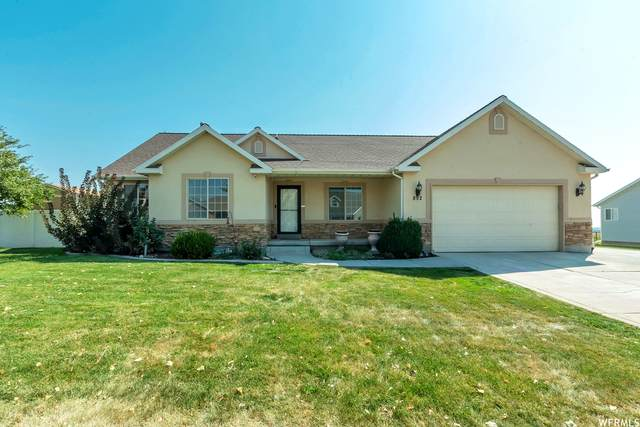 892 N Buffalo Dr, Saratoga Springs, UT 84045 (#1768037) :: Doxey Real Estate Group
