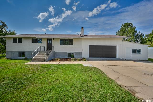 5785 S 6000 W, Hooper, UT 84315 (#1768543) :: Doxey Real Estate Group