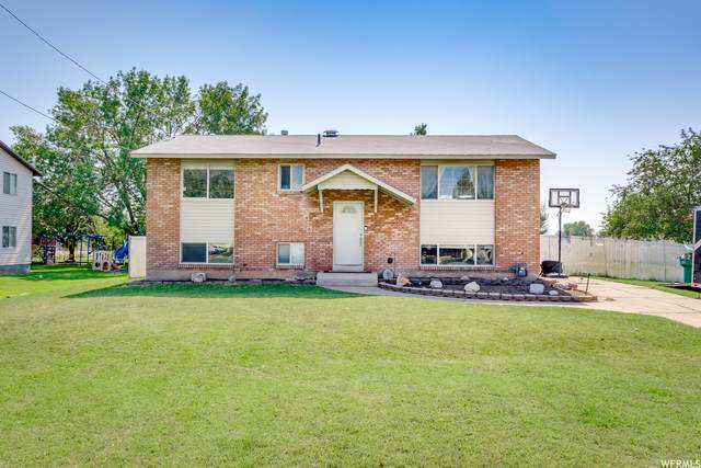 5819 W 4600 S, Hooper, UT 84315 (#1769401) :: Doxey Real Estate Group