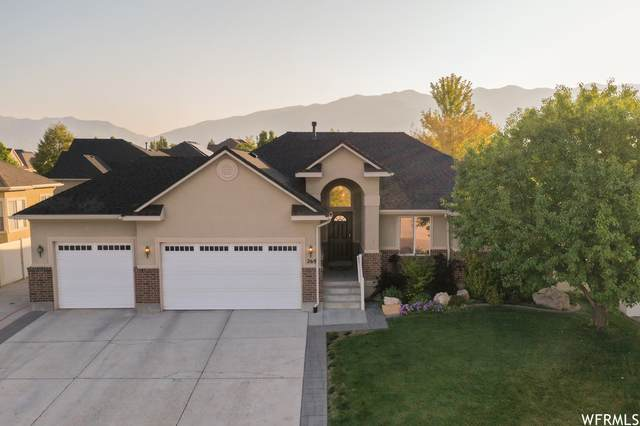 269 S Beaumont Dr W, Kaysville, UT 84037 (#1769824) :: Gurr Real Estate