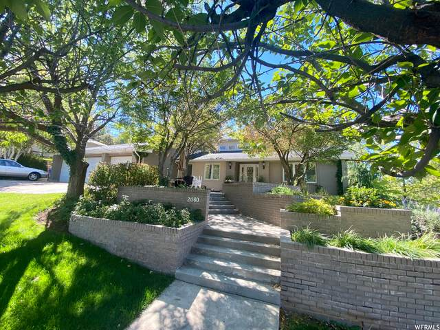 2060 S Cave Hollow Way E, Bountiful, UT 84010 (#1770162) :: Colemere Realty Associates