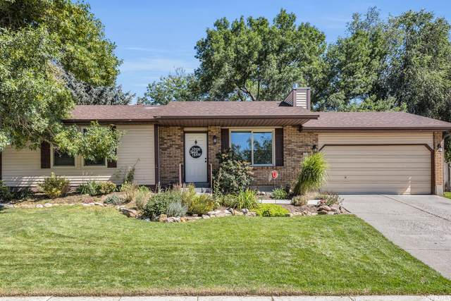 10263 S Countrywood Dr E, Sandy, UT 84092 (MLS #1770800) :: Summit Sotheby's International Realty