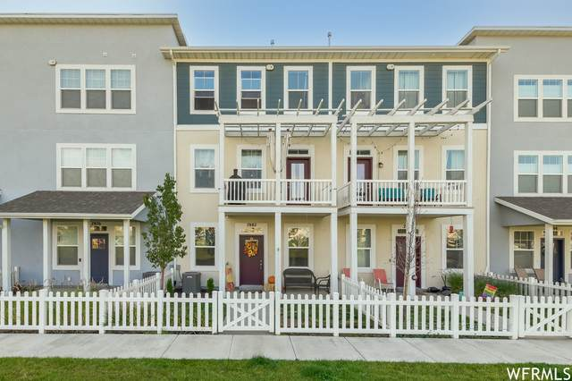7882 S 5440 W, West Jordan, UT 84081 (#1770870) :: Bustos Real Estate | Keller Williams Utah Realtors