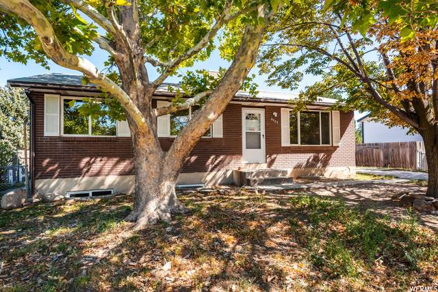 5585 S Morning Breeze Dr, Salt Lake City, UT 84118 (#1770897) :: Berkshire Hathaway HomeServices Elite Real Estate