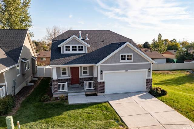 1121 W 250 N, Clearfield, UT 84015 (#1770927) :: Colemere Realty Associates