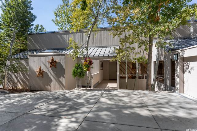 2753 Wood Hollow Way, Bountiful, UT 84010 (#1771648) :: Colemere Realty Associates