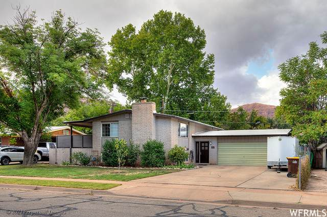 293 Opal Ave, Moab, UT 84532 (#1772535) :: Colemere Realty Associates