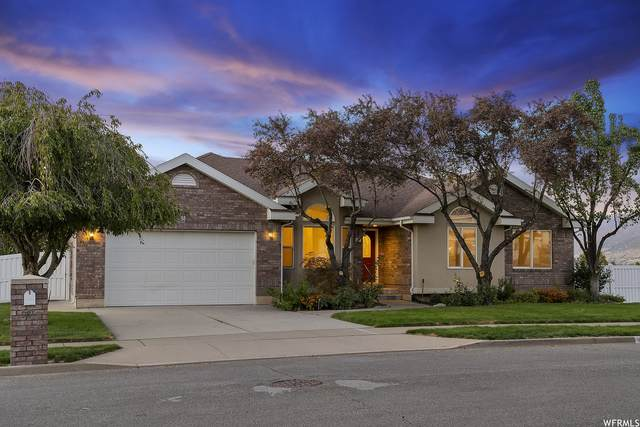 98 S Penman Ln, Bountiful, UT 84010 (#1772571) :: The Perry Group