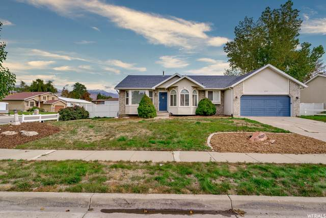1217 S 1200 W, Woods Cross, UT 84087 (#1774813) :: The Perry Group