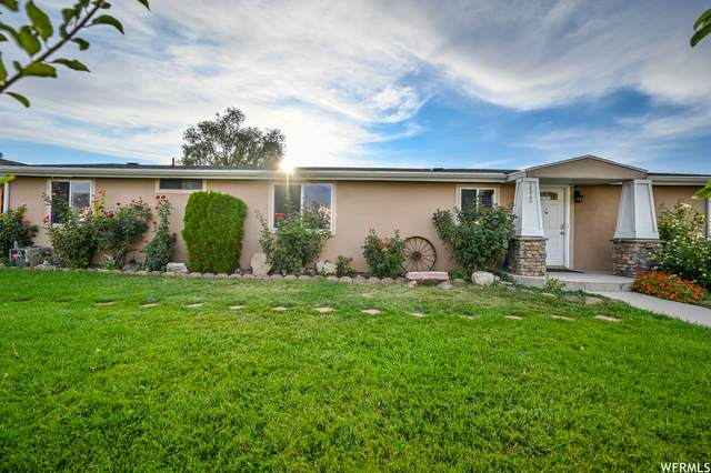 3372 S Mockingbird Way, West Valley City, UT 84119 (#1775158) :: Doxey Real Estate Group