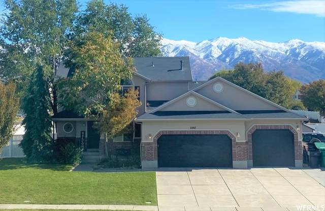 2207 S 225 E, Clearfield, UT 84015 (MLS #1775805) :: Lookout Real Estate Group