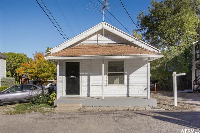2370 Orchard Ave, Ogden, UT 84401 (#1776330) :: Bear Phelps Group