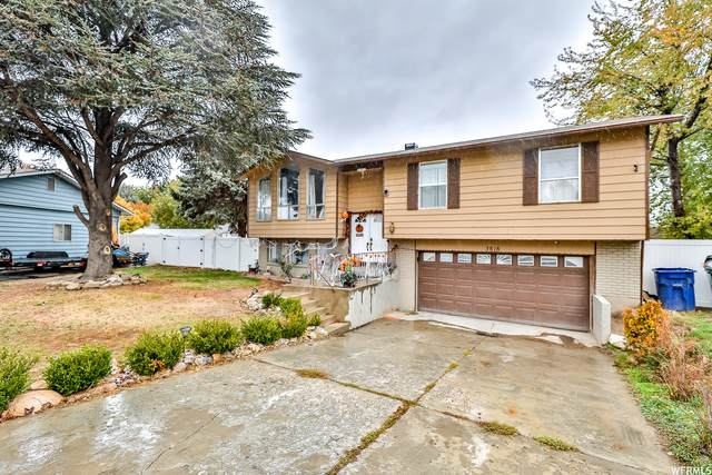 3818 S Edgewater Cir W, West Valley City, UT 84120 (#1776507) :: Colemere Realty Associates