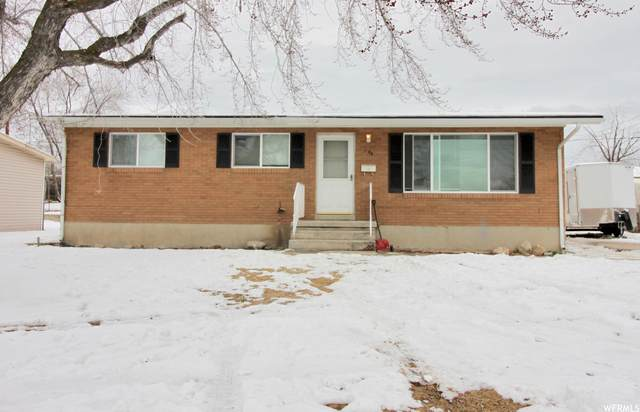 1000 N 300 W, Clearfield, UT 84015 (#1722351) :: Red Sign Team