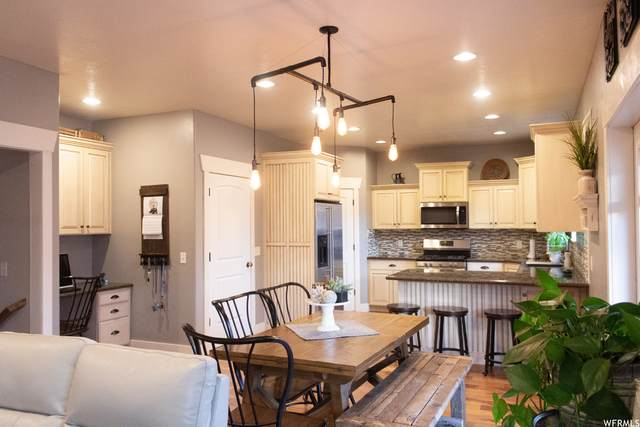 572 E 200 N, Payson, UT 84651 (#1723277) :: Berkshire Hathaway HomeServices Elite Real Estate