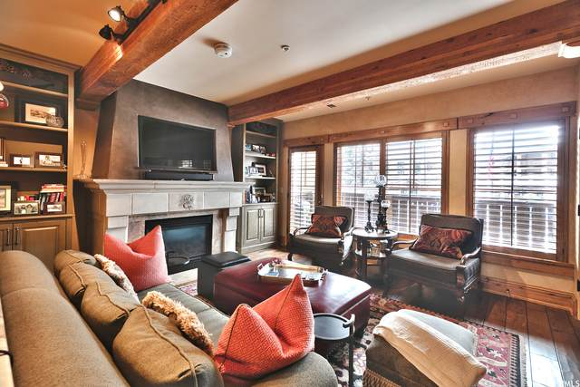 7815 Royal St E A224, Park City, UT 84060 (#1724809) :: REALTY ONE GROUP ARETE