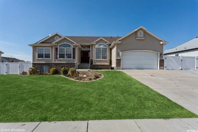 2112 S 1730 W, Syracuse, UT 84075 (MLS #1730225) :: Lookout Real Estate Group