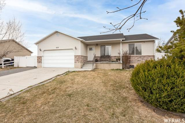 633 E Wildrose Dr N, Grantsville, UT 84029 (#1731887) :: The Fields Team