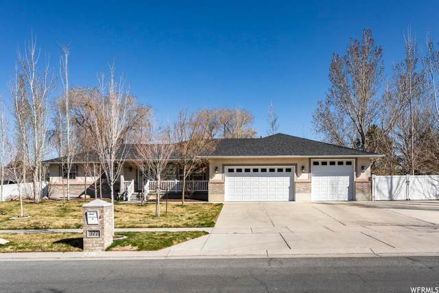 377 E Rosewood Park Ln S, Draper, UT 84020 (#1733599) :: Red Sign Team