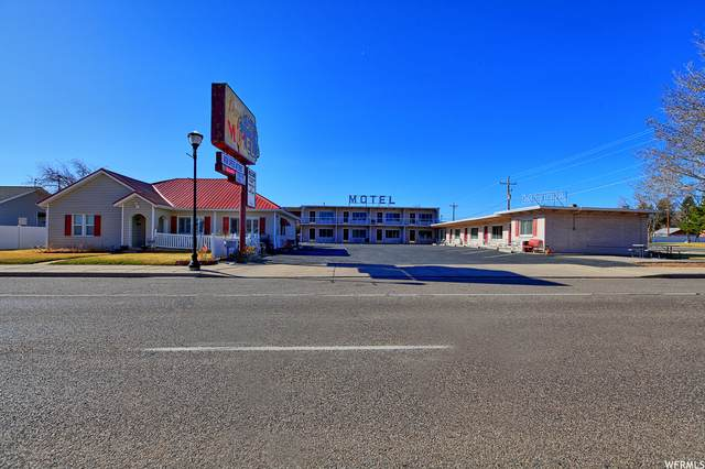 132 E Center St, Panguitch, UT 84759 (#1733864) :: REALTY ONE GROUP ARETE
